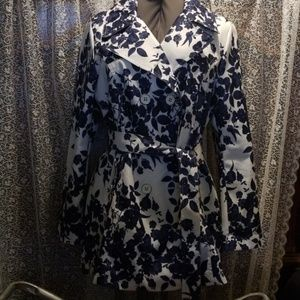 *NWOT* Jessica Simpson Navy Floral Trench Coat